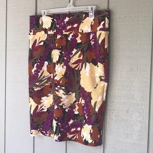 NWOT XL LuLaRoe Cassie floral skirt
